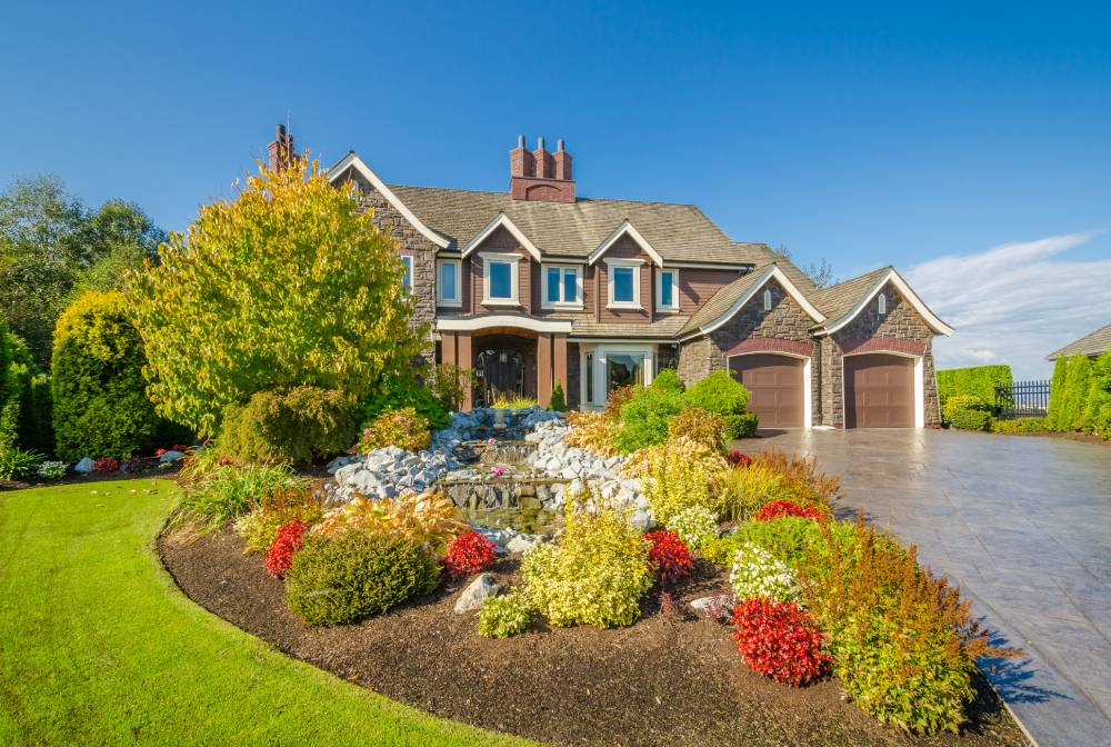 Front Yard Landscaping Ideas – From the Basic to the Advanced