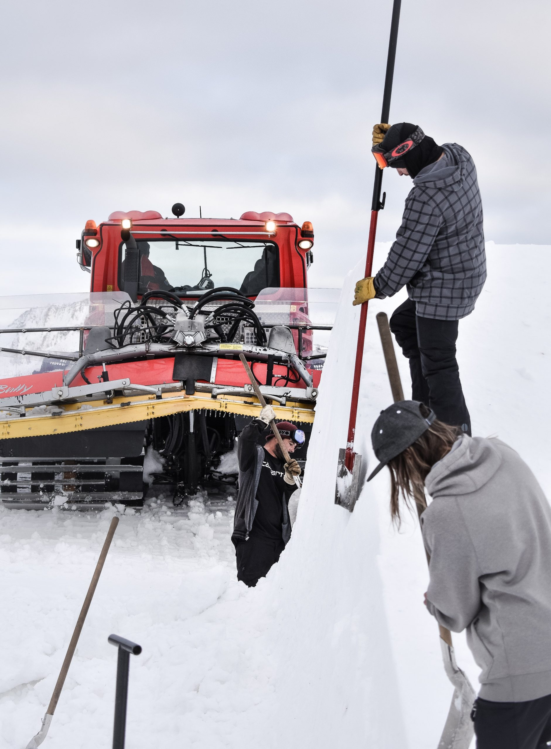 How to Choose Snow Removal Contractors in Chicago?