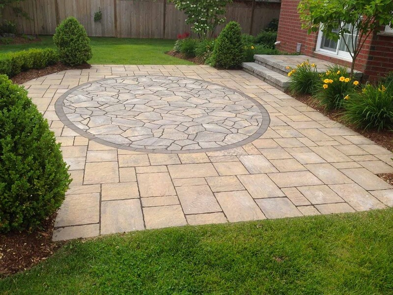 The Pros and Cons of Flagstone